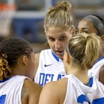 featured_delaware_wbb12-huddle1