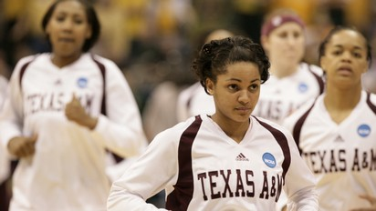 Texas A&amp;M senior guard Sydney Carter and the 2011 NCAA Champion Aggies.